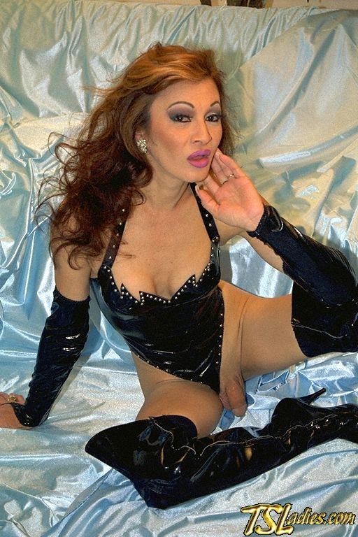 Yahoo recorded webcam 2005 male sissy slave slut dance